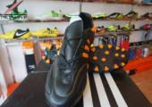 Giày đá banh Adidas 11Pro AG Đen Cam gia re. Random